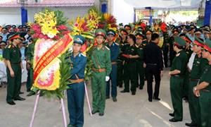 Nghẹn ngào lễ truy điệu Đại tá, phi công Trần Quang Khải