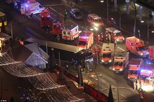 Nghi phạm đâm xe vào chợ Giáng sinh Đức là người tị nạn?