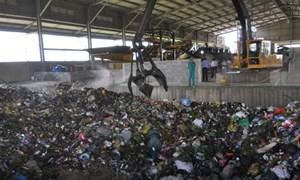 Nhà máy rác trăm tỷ 'trùm mền' hoạt động trở lại