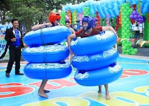 Nhiều hoạt động hấp dẫn tại công viên Hồ Tây dịp 30-4 và 1-5