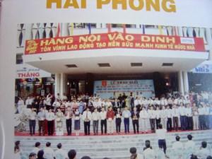 Nhớ lại cuộc tôn vinh hàng Việt