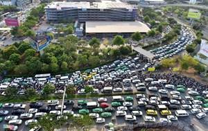 Những yếu tố gây kẹt xe  ở Tân Sơn Nhất