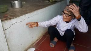 Ninh Bình:  Hàng chục ngôi nhà bị nứt toác