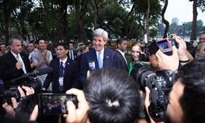 Nóng: Ngoại trưởng Mỹ bất ngờ xuất hiện tại Bờ Hồ