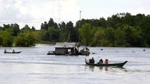 Nước sông Cửu Long đang lên