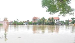 Nước sông Gianh dâng cao, nhiều địa phương đã ngập lụt