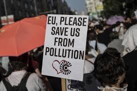 Tuần hành tại Tây Ban Nha ủng hộ kế hoạch chống ô nhiễm
