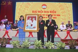 Ông Nguyễn Văn Hợp tiếp tục giữ chức Chủ tịch Mặt trận tỉnh Tây Ninh