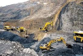 Ecuador huy động quân đội chống khai thác mỏ bất hợp pháp