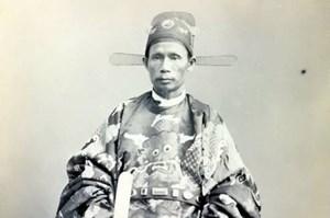 Phạm Phú Thứ: Lặng Lẽ Canh Tân