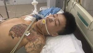 Đà Nẵng: Người nhà 'vây' bệnh viện yêu cầu làm rõ một phạm nhân nhập viện