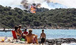 Pháp: 10.000 người sơ tán vì cháy rừng kinh hoàng ở miền Nam