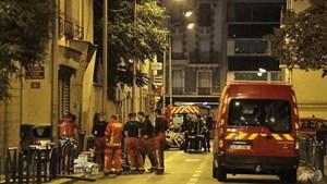 Pháp: Cháy lớn ở Paris, 19 người bị thương