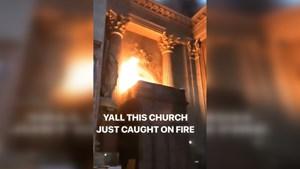 Pháp: Cháy nhà thờ cổ Saint-Sulpice tại Paris