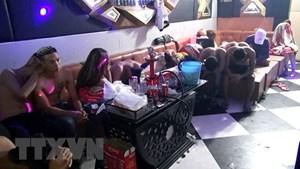 Phát hiện hàng chục nam, nữ thanh niên mở tiệc đón năm mới bằng ma túy