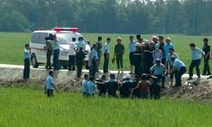 Phi công không nhảy dù mà gắng điều khiển máy bay ra ruộng lúa