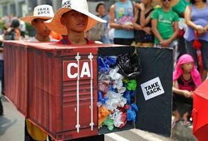 Philippines - Canada căng thẳng vì rác thải