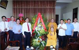 Phó Chủ tịch - Tổng Thư ký Trần Thanh Mẫn chúc mừng Đại lễ Phật đản 2017