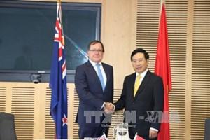Phó Thủ tướng, Bộ trưởng Ngoại giao Phạm Bình Minh hội đàm với Bộ trưởng Ngoại giao New Zealand Muray McCully
