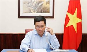 Phó Thủ tướng Phạm Bình Minh điện đàm với Ngoại trưởng Indonesia