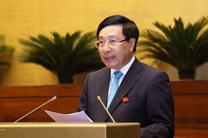 Phó Thủ tướng Phạm Bình Minh 'đăng đàn' trả lời nhiều chất vấn 'nóng'