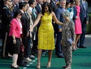 Phu nhân Thủ tướng Singapore cầm túi 11 USD thăm Mỹ