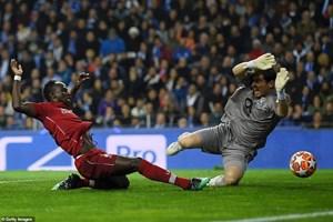 Porto 1-4 Liverpool: Mane, Salah, Firmino cùng ghi bàn