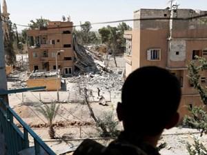 Quân đội Syria áp sát thị trấn cuối cùng của IS ở Raqqa
