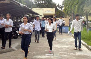 Quảng Nam: 157 thí sinh vắng ngày thi đầu tiên