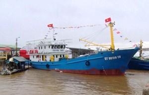 Quảng Nam: Bàn giao 2 tàu cá vỏ thép cho ngư dân huyện Núi Thành