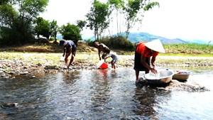 Quảng Nam, Quảng Ngãi: Khốn đốn vì thiếu nước sinh hoạt