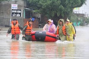 Quảng Nam: Sơ tán hơn 1.800 hộ dân ở vùng ngập sâu đến nơi an toàn