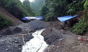 Quảng Nam: Truy quét 100 đối tượng khai thác vàng trái phép tại Nam Giang