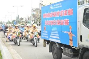 Quảng Ngãi: Lễ ra quân tuyên truyền hưởng ứng năm an toàn giao thông