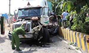 Tây Ninh: Tai nạn giao thông nghiêm trọng, 5 người tử vong