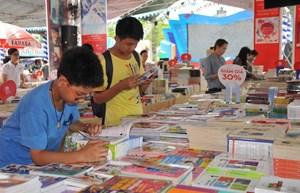 'Sách - Tri thức, phát triển và hội nhập'
