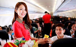 Săn máy bay vàng, đón ngàn niềm vui, trúng vàng nguyên ký cùng Vietjet Air