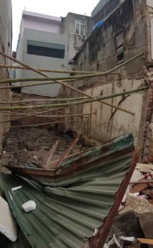 Sập nhà ở phố thương mại xứ Thanh, không ai bị thương