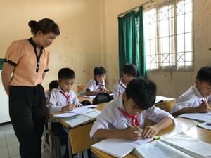 Sớm điều chỉnh việc tuyển dụng nhân lực ngành giáo dục