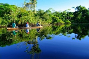 Sự sống bên dòng sông lớn nhất thế giới