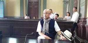 Tại sao tòa giao Trung Nguyên cho ông Đặng Lê Nguyên Vũ?