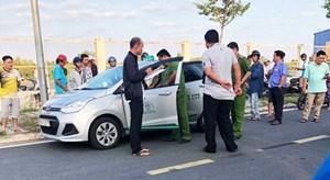 Tài xế taxi bị khách sát hại trong đêm ở miền Tây