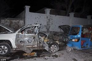 Tấn công khủng bố nhà hàng Somalia, 17 người thiệt mạng