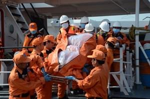 Tặng bằng khen cho tập thể và cá nhân trong vụ tìm kiếm cứu nạn tàu Hải Thành 26-BLC