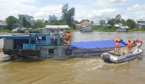 Tăng cường kiểm tra, xử lý lái tàu, phương tiện thủy vi phạm