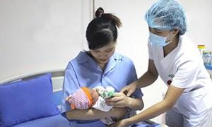 Tăng mức phí tham gia BHYT hộ gia đình lên 7,3 %, tăng trợ cấp thai sản 7,4%