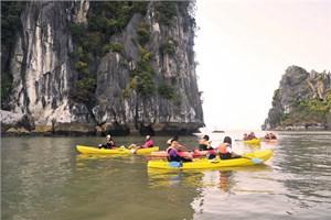 Tạo điều kiện cho cung cấp dịch vụ Kayak trên vịnh Hạ Long