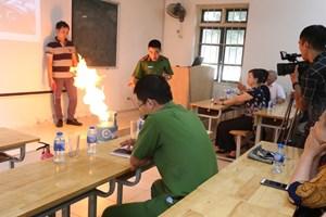 Tập huấn PCCC tại phường Phúc Xá