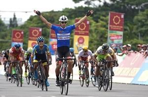 Tay đua Hàn Quốc thắng chặng đua vòng quanh TP Tam Kỳ