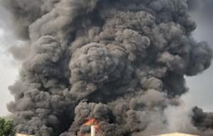 Tây Ninh: Cháy lớn tại một công ty chuyên sản xuất đèn cầy